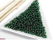 Toho rotunde 8/0 silver lined green emerald (5g)