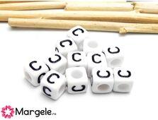 Margele acrilice litera c 6x6mm  (10buc)