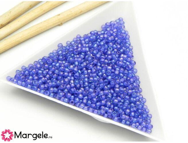 Toho rotunde 11/0 inside color lt sapphit/opaque purple lined (5g)