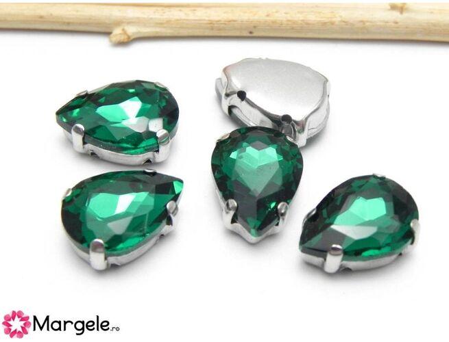 Distantier montee cu rhinestone de cristal 14x10mm emerald